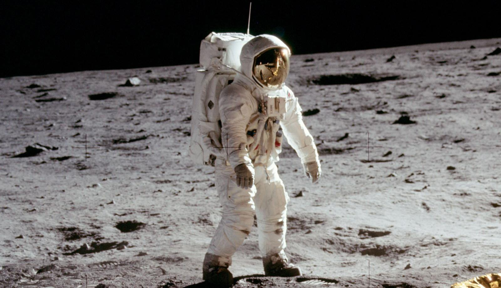astronauts to go to moon - photo #4